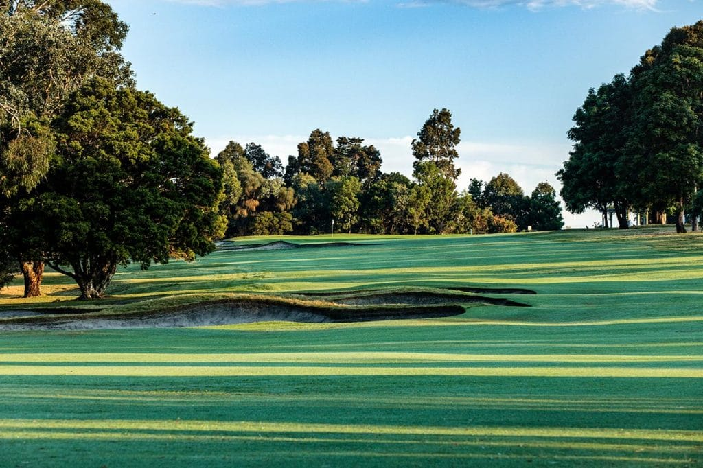 the yarra yarra golf club great golf courses of australia. Black Bedroom Furniture Sets. Home Design Ideas